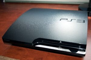 PLAYSTATION - PS3 (160GB) + 2 controllers for sale West Island Greater Montréal image 4
