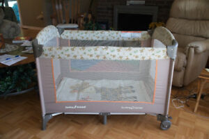 Playpen: Baby Trend Playard  Used but in excellent condition