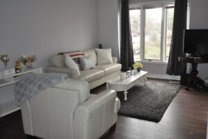 Townhouse for Rent in the Clusters