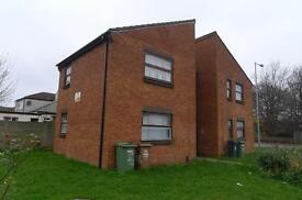 TO LET SELF CONTAINED STUDIO APARTMENT CENTRAL WILLENHALL