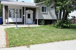 Split Level Bungalow For Private Sale
