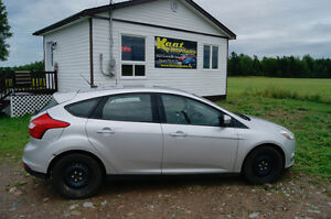 2012 ford focus hatchback auto loaded