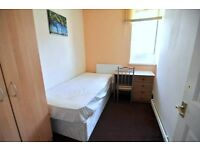 massive room near white city only £135pw!!