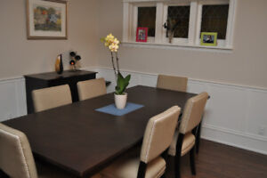 ****Priced to Sell**** Dining Table + Chairs