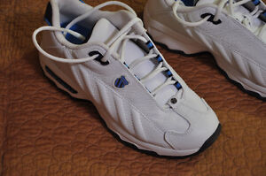 K-Swiss Size 8 Running Shoes