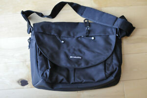 COLOMBIA OUTFITTERS Diaper Bag -  Black Colour