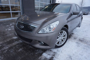 INFINITI G37X SEDAN 2011 LIKE NEW 330$MOIS 8995$