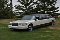 Ford Lincoln Town Car Limousine