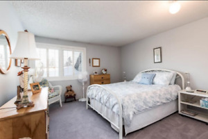 3 bedroom Townhouse with developed basement, lake steps away