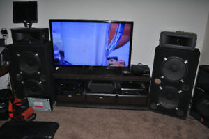 "1 pair 15"" duel jbl bass bins with horns. Make me an offer"