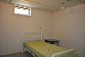 Room for rent near U of M