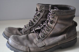 TIMBERLAND EARTHKEEPER LEATHER BOOTS SIZE 11