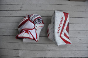 Bauer Junior Goalie Catcher and Blocker