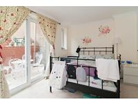 1 bedroom flat in North End Road, London, W14