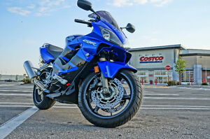 Honda CBR 600 F4i Motorcycle -EXCELLENT CONDITION-LOW KM!