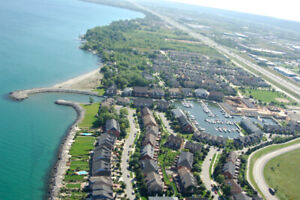 Waterfront Furnished One Bedroom Near Mohawk Stoney Creek Campus