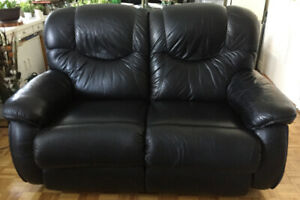 LAZYBOY Black Leather Loveseat