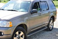 2003  Ford Explorer Limted - Very Clean