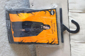 Capes - 4 to choose from (Fits Teen to Adult) Kitchener / Waterloo Kitchener Area image 9