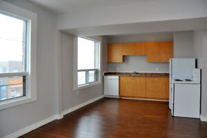2 Bedroom - Clean + Safe Apartment Available Now!