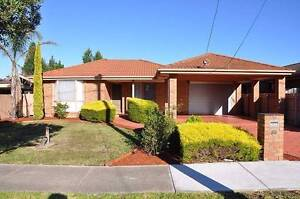 Fully furnished room for rent Mill Park near RMIT and La Trobe Mill Park Whittlesea Area Preview
