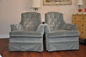 Matching arm chairs