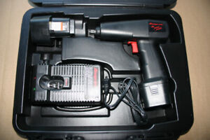 """Snap-On Tools 3/8"""" Drive Cordless Impact Wrench"""