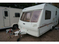 LOVELY - LUNAR STELLAR 400 2 BERTH LIGHTWEIGHT CARAVAN - END KITCHEN