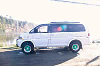 1996 Mitsubishi Other L-400 Long Body High Roof, Van