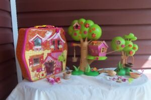 Lalaloopsy Carry Along plus Tree Playhouse & some accessories!