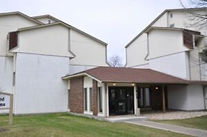 Two bedroom condo 15-35 Wynford Drive