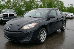 2011 Mazda Mazda3 still like new Sedan