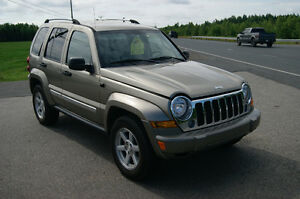 2005 Jeep Liberty loaded auto 4x4 SUV, Crossover