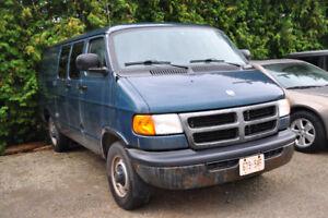 2003 Dodge Ram Van Minivan, Van