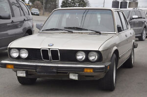 V BMW E24 533i M30 6 CYL 5 SPEED MANUAL BUILT DEC 1983 1191316 B