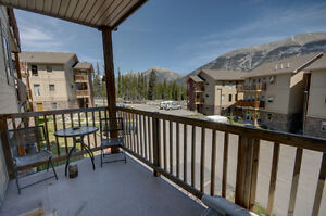 Affordable Canmore Condo with Mountain Views - 2 bed / 1 bath