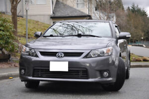 2011 Scion tC Coupe (2 door)