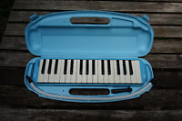 Melodion by Suzuki, with carrying case City of Montréal Greater Montréal Preview