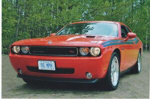 2010 Dodge Challenger R/T Classic Coupe (2 door)
