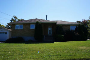 NEW LISTING - 110 STARDUST CRES