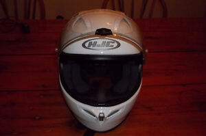 HJC FG-17 and BELL QUALIFIER helmets