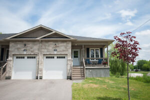 3 bedroom Bungalow with walk-out basement for RENT