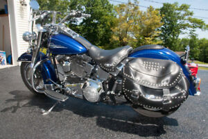 HARLEY DAVIDSON - Heritage Softail Classic... *PRICED TO SELL*