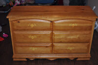Complete twin bedroom set- mattress included