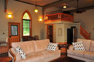 Gorgeous 1 Bedroom Loft Church Income potential London Ontario image 3