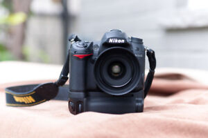 Nikon D7000 with 35mm Price 1.8f with Lowpro Versapack 200 AW