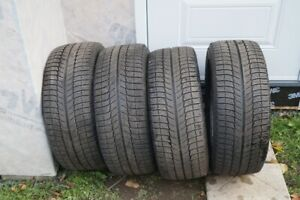 245-45-18 Michelin x-ice xi3