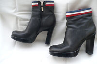 TOMMY HILFIGER Black PEBBLED Leather Ankle Boots size 7M-8