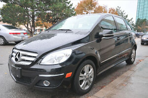 2009 Mercedes-Benz B200 hatchback/PANORAMIC ROOF/BLUETOOTH