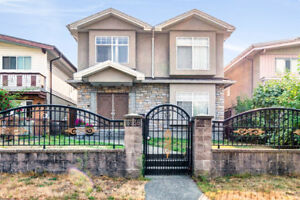 6 Beds 4 Baths 2,251 Sq Ft HOUSE For SALE!